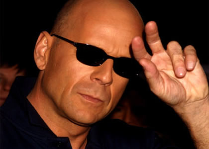 Bruce Willis marchand de tapis