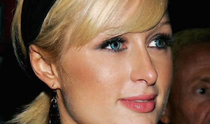 Paris Hilton et Lindsay Lohan enterrent la hache de guerre
