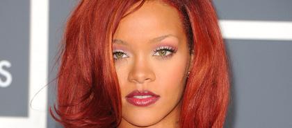 Rihanna égérie d'Armani