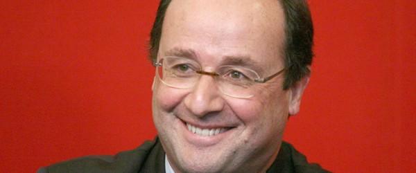 François Hollande et Valérie Trierweiler, à la rencontre des vacanciers