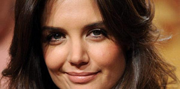 Katie Holmes, de Tom Cruise et de la scientologie, elle n'en peut plus