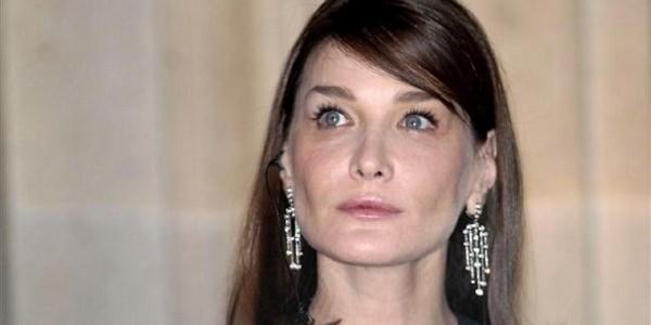 Carla Bruni-Sarkozy en colère Voici ?