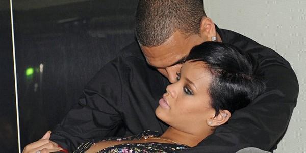 Rihanna et Chris Brown- Des fausses dents en or pour marquer leur unité