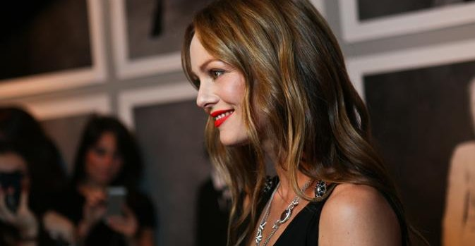 vanessa paradis amoureuse de florent pagny. Black Bedroom Furniture Sets. Home Design Ideas
