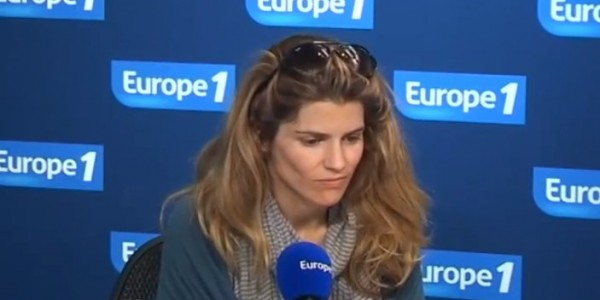 Alice Taglioni « oublie » Laurent Delahousse avec Kad Merad (photo)