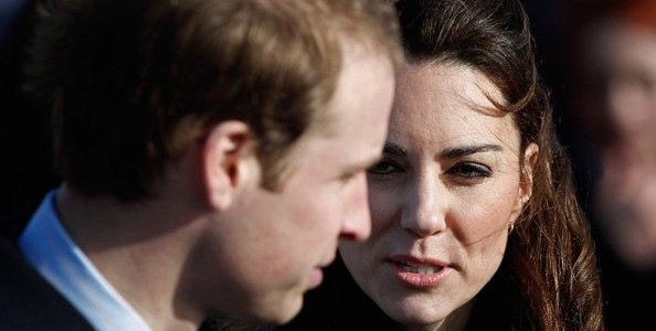 Kate Middleton impose William George sur meme avion