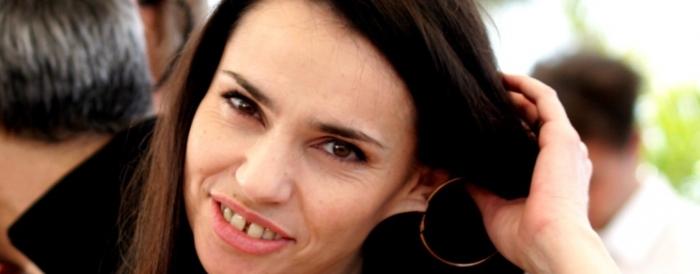 Béatrice Dalle n'est plus célibataire