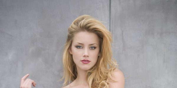 amber heard consulte un sp cialiste des violences conjugales. Black Bedroom Furniture Sets. Home Design Ideas