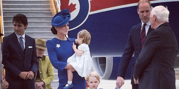 Kate Middleton et le prince William – Une  carte de vœux haute en couleur