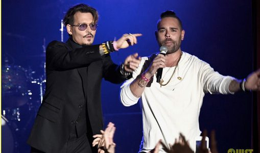 Johnny Depp dépense 200000 dollars par mois en blanchisserie