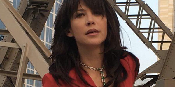 Oublié Cyril Lignac, Sophie Marceau s'affiche plus sexy que jamais à Macao (photos)