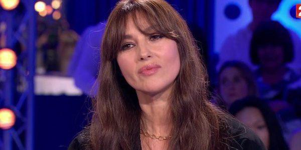 Monica Bellucci impressionnée par ses filles qui «parlent cinq langues»